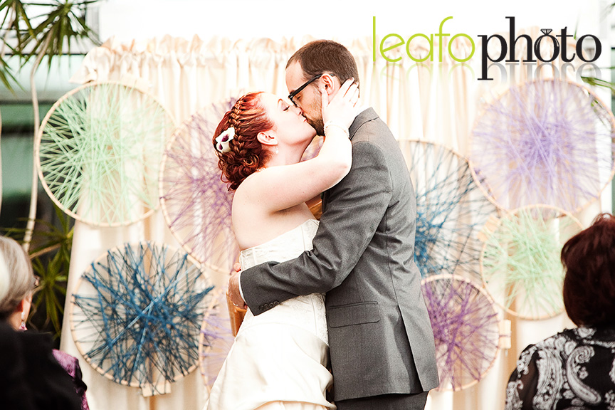 Best-Delaware-Photographer, Wedding Couple Kissing