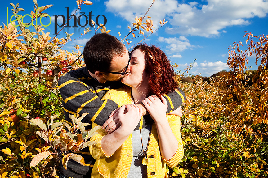 Delaware-Autumn-Engagement-Photo, Couple Kissing